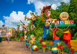 toy-story-land-hollywood-studios-disney-world-180629075